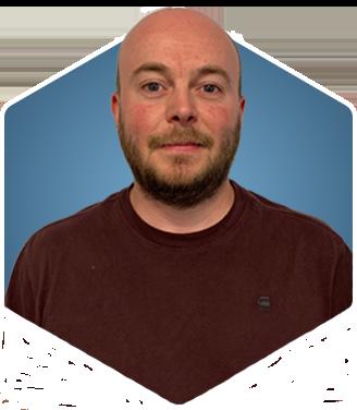 Daniel Oxley Headshot